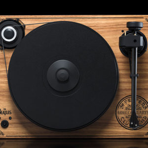 Pro-Ject 2Xperience SB Sgt. Pepper - Top Angle