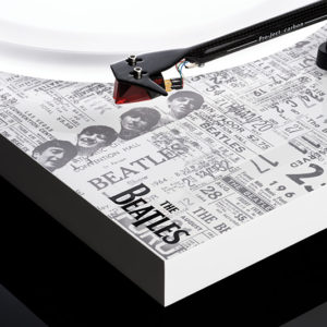 Pro-Ject Debut Carbon Esprit SB - The Beatles 1964 Record Player - Tone Arm Details